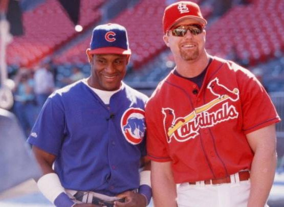 Documental competencia de Sammy Sosa y Mark McGwire sale en junio