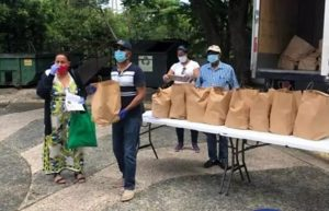 PUERTO RICO: INDEX distribuye raciones alimenticias a dominicanos