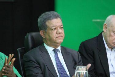 Leonel Fernández acepta la invitación para el debate auspiciado por la ANJE