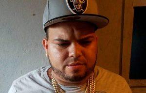SANTIAGO: Apresan hombre con tres armas de fuego ilegales en Tamboril