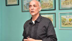 MIAMI: Delegado de Alianza País exige más centros de votación