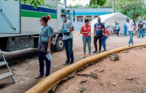 Autoridades sanitarias intervienen varias zonas de la capital dominicana