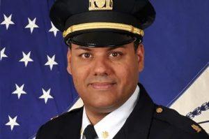 Renuncia comandante dominicano de la Policía en protesta a la reforma