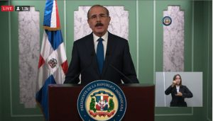 Presidente dice programas ayuda del Gobierno seguirán hasta el 16 agosto