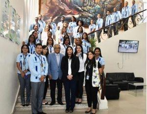 Es comidilla en redes sociales foto de Ministro y otros empleados del MSP