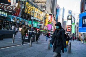 Algunas tiendas en Nueva York abrirán sus puertas a partir del lunes
