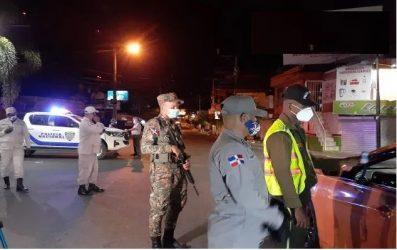 Salud favorece el toque de queda en Santo Domingo por el coronavirus