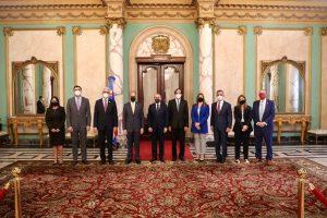 Directivos Asiex tratan sobre la economía con Presidente Medina
