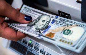 Caen las reservas internacionales en la República Dominicana
