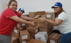FILADELFIA: Frente femenino PRM entrega cientos de cajas de comida