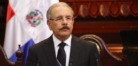 Medina promulga Ley que incrementa presupuesto en RD$150,000 millones