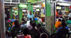 Salud amenaza con cerrar negocios violen medidas contra COVID-19