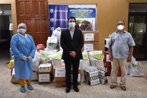 AFP Popular dona artículos protección a hogares de ancianos de siete lugares