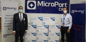 Empresa Microportdona 40 mil mascarillas al gobierno