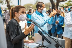 Alcaldesa Carolina Mejía inaugura parque La Zurza junto a comunitarios