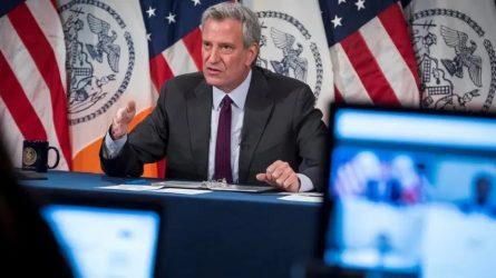 Alcalde de Nueva York presenta plan para reapertura de escuelas públicas