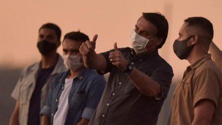 BRASIL: Bolsonaro se ve recuperado y vuelve a acercarse a sus seguidores