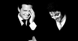 Luis Miguel sonríe junto a Michael Jackson y miles se contagian
