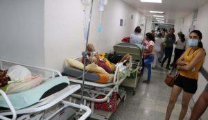Hospitales a punto de colapso debido sobrepoblación de pacientes COVID