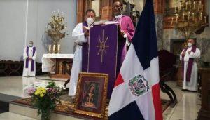 MADRID: Ofician misa en memoria dominicanos fallecidos por COVID-19