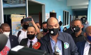 Ramfis Domínguez Trujillo ejerce derecho al voto en Santo Domingo