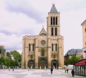 Las iglesias de Francia están en estado arquitectónico lamentable