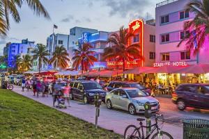 Prohiben el consumo en interior de los restaurantes de Miami-Dade
