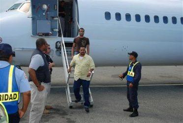 Llegan a R. Dominicana otros 105 deportados desde Estados Unidos