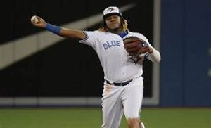 Azulejos trasladan a Vladdy Guerrero Jr. de la antesala a la primera base