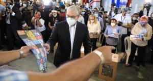 Gonzalo votó yllamó electores a ejercer su derecho en paz y en orden
