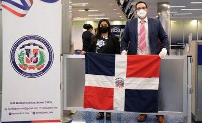 MIAMI: Consulado R. Dominicana coordinó repatriación de varados