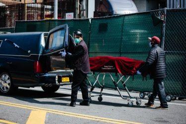 EE.UU. supera los 174.100 muertos y 5,57 millones de contagios por Covid