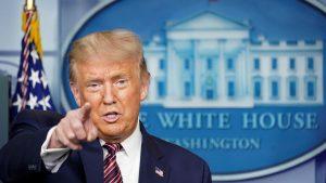 Trump arrecia ataques voto correo; Twitter alerta de datos engañosos