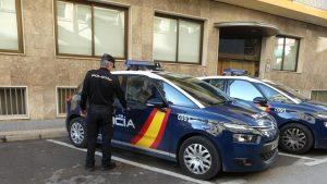 ESPAÑA: Detienen por intentar atropellar a su expareja y darse a la fuga