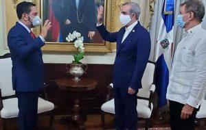 Presidente Abinader nombra cónsules Nueva York, Miami y Puerto Príncipe