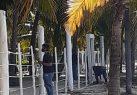 La Armada desmonta una verja ilegal instalada por restaurant Boca Chica