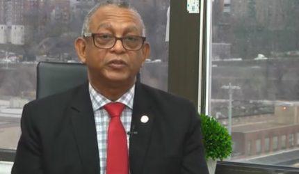 Gregorio Morrobel llama población a inscribirse en la Fuerza del Pueblo