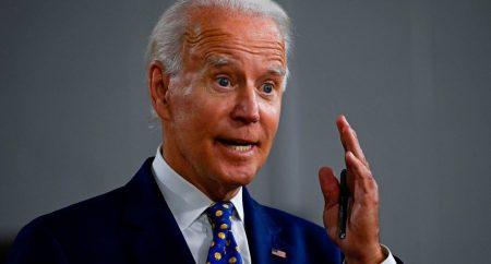 Biden insta a la unidad para superar «esta época de oscuridad» en EE.UU.
