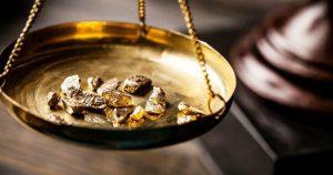 La onza de oro alcanzó 2.000 dólares por primera vez en la historia