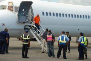 Llegan a República Dominicana otros 78 deportados desde Estados Unidos