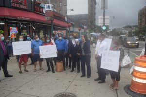 N. YORK: Piden autoridades permitan a restaurantes operar con normalidad