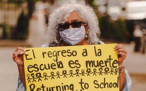NUEVA YOPRK: Activista dominicana advierte reapertura escuelas es muerte