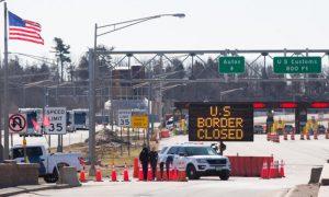 Estados Unidos extiende restricciones de viaje con Canadá y México