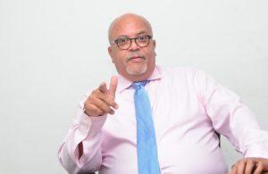 Pide apoyar acciones Luis Abinader y no desesperarse por empleos
