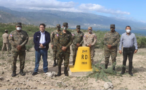 Director General de Aduanas visita puestos aduanales de la frontera