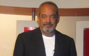 Abinader designa Alfonso Rodríguez como cónsul RD en Los Ángeles