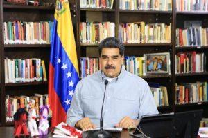 Maduro critica a Pompeo por acudir a Colombia a «bendecir» las masacres
