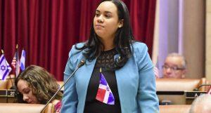 N. YORK: Asambleísta dominicana Carmen de la Rosa correrá para concejal