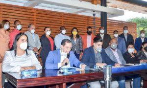 Regidores PLD solicitan al presidente Abinader asumir obras para Santiago