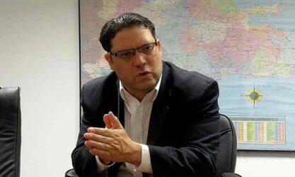 El Director de Aduanas ve imposible eliminar evasión fiscal y contrabando